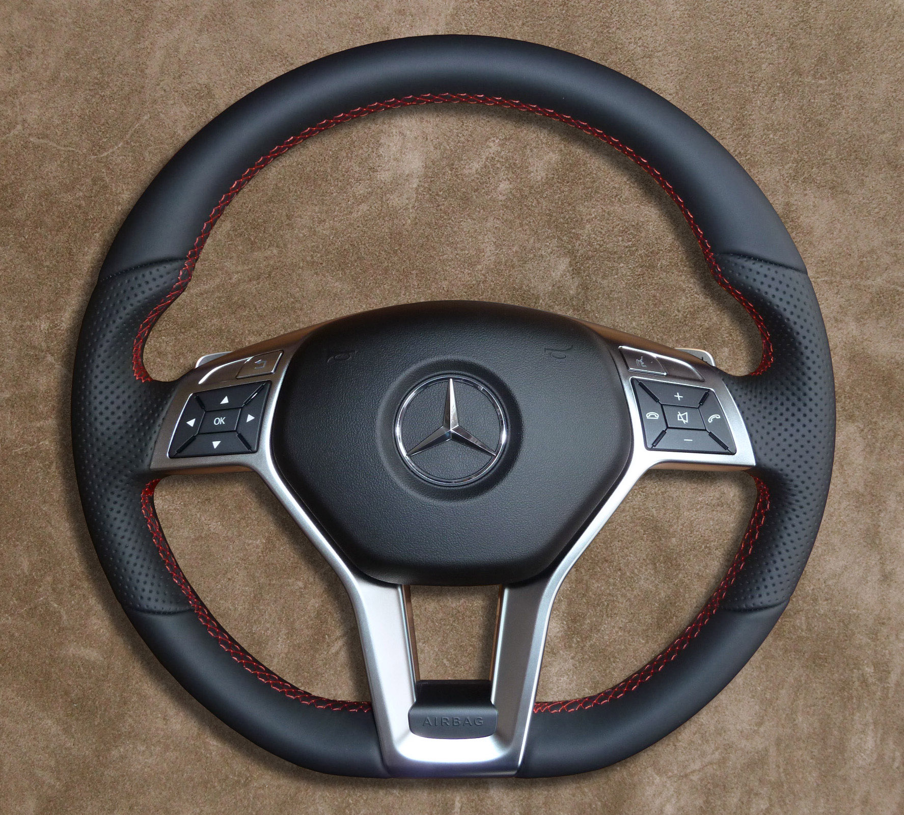 AMG-Package Mercedes-Benz Steering Wheel Red-color
